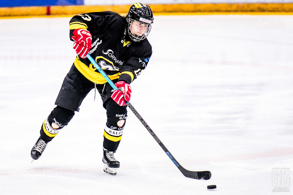 Kahden Oulussa vietetyn kauden jälkeen Aino Karppinen palaa takaisin Rovaniemelle.