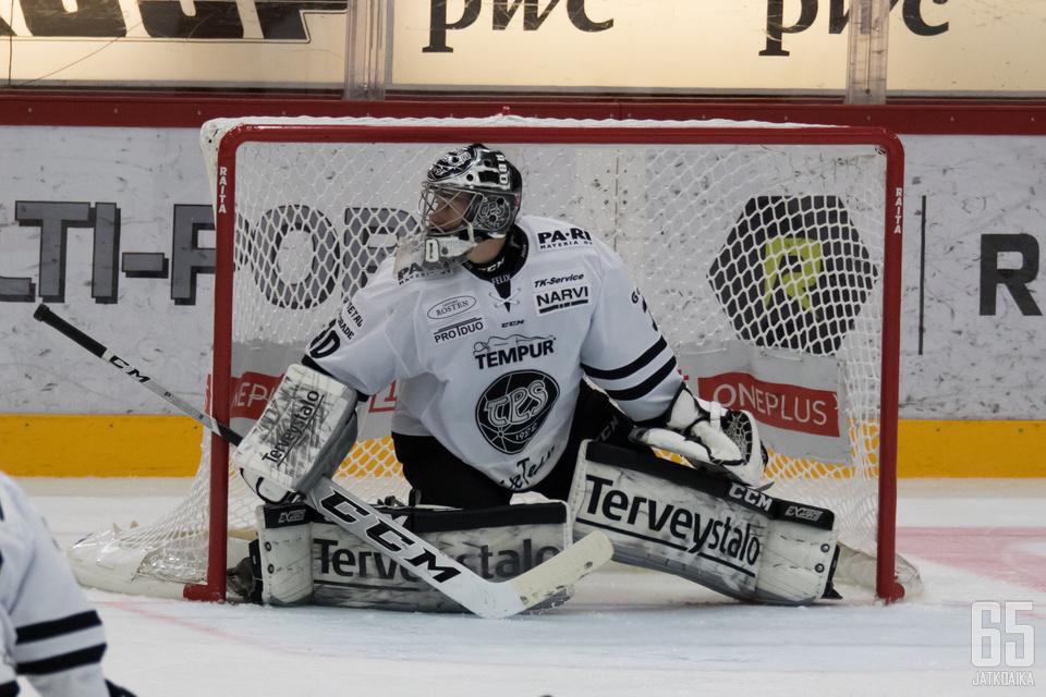 Henrik Haukeland torjui voitokkaasti.