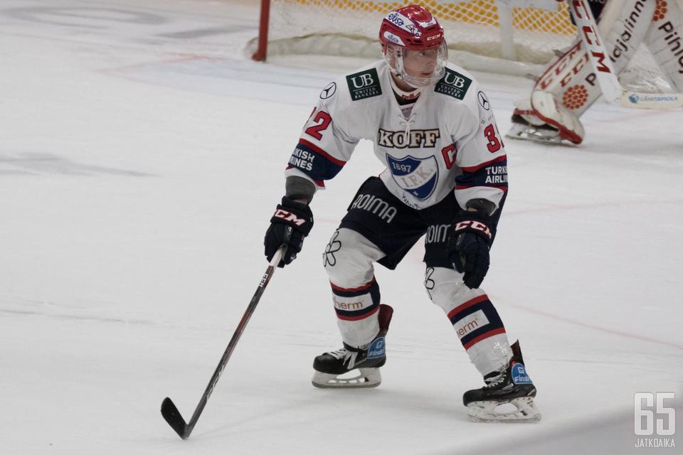 Lennart Petrell oli yksi Ässät-pelin hahmoista.