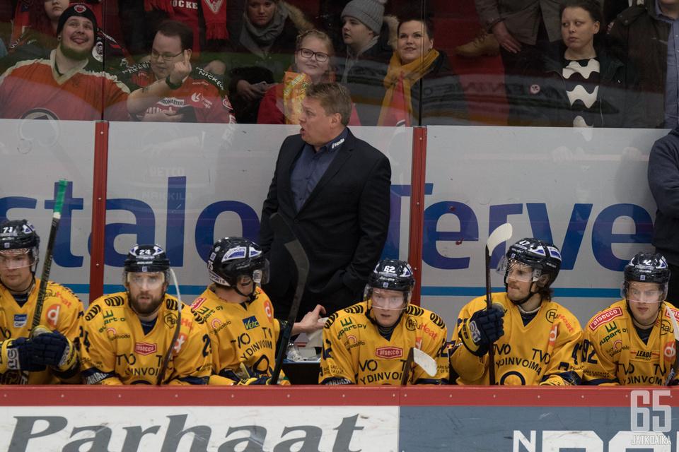 Pekka Virran miehistö vahvistuu Ruotsin mestareilla.