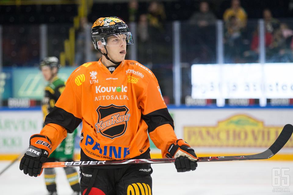 Kim Strömberg iski kaksi maalia kolmannessa erässä.