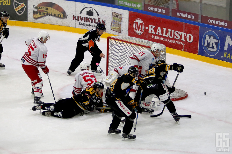 Jani Kautto K-Vantaan maalilla oli perjantaina lähes ohittamaton. Kolmannen erän alivoimissa joukkue uhrautui veräjänvartijansa edessä.