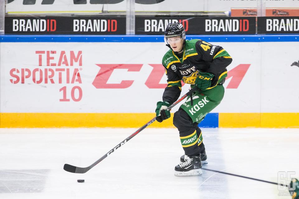 Joose Antonen ei päässyt pisteiden makuun Ilveksen voittaessa. Illan komein jalkakynä sentään tuli.