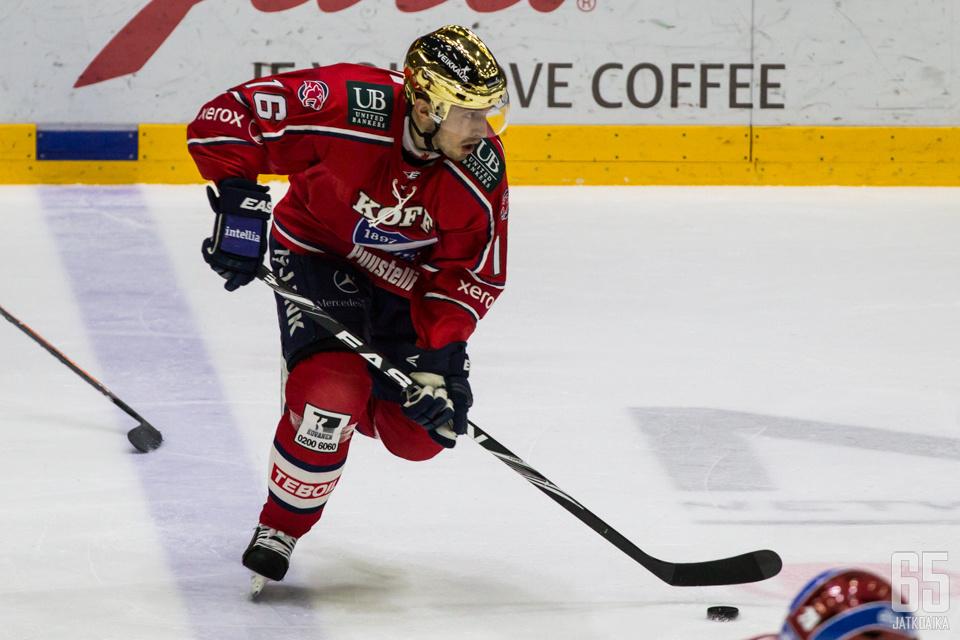 Ville Peltonen oli viimeisellä kaudellaankin joukkueen paras pistemies.