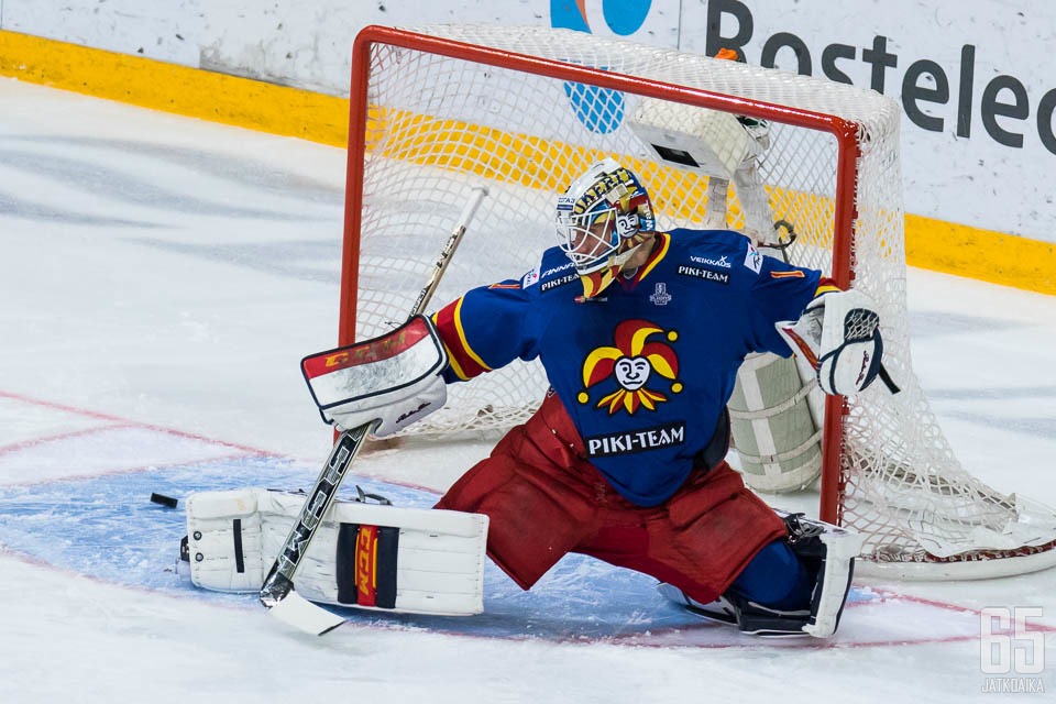 Karlsson siirtyy Kazakstaniin.