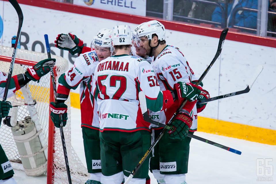 Atte Ohtamaa ja muut Ak Barsin pelaajat lähtevät tavoittelemaan Gagarin Cupin voittoa KHL:n finaaleihin.
