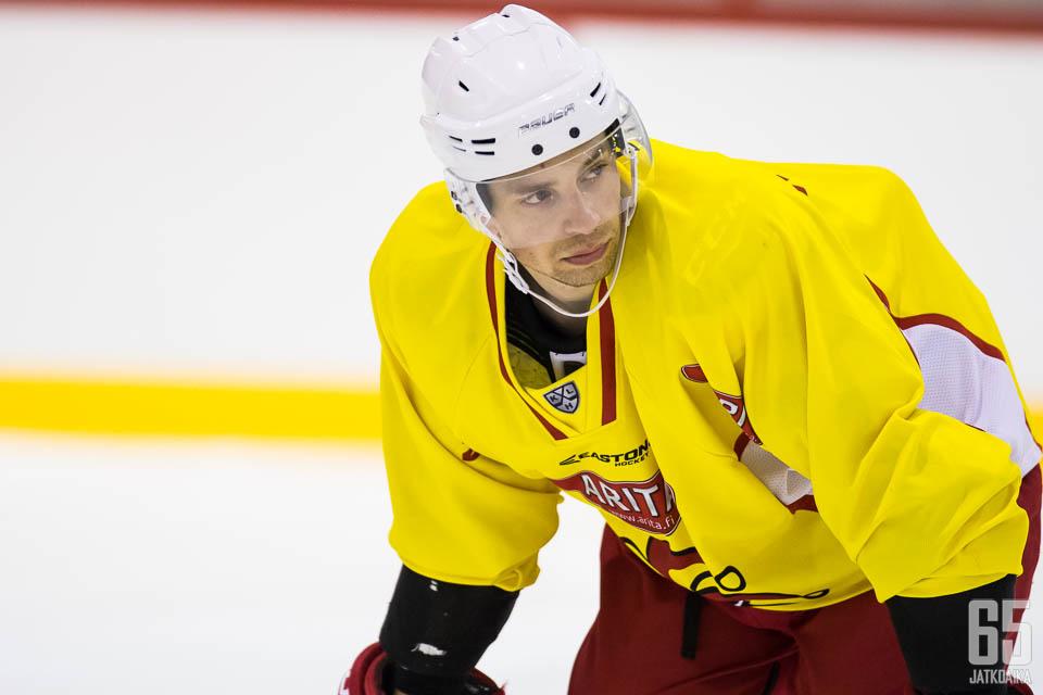 Sakari Salminen oli yksi Jokerien parhaista pelaajista Lokomotivia vastaan. (arkistokuva)