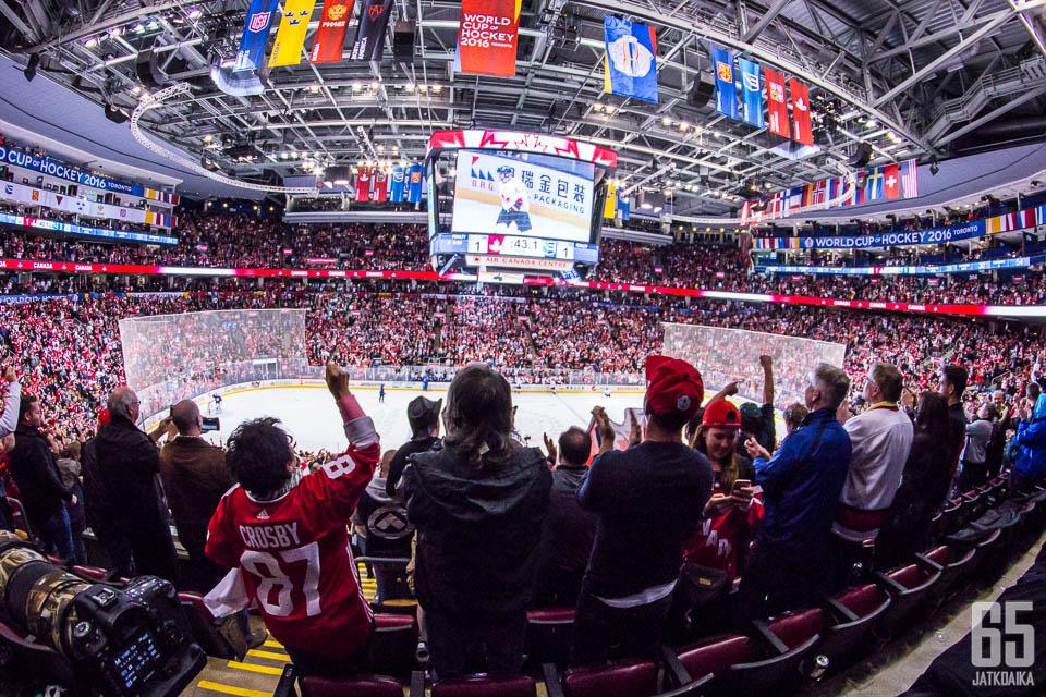 World Cup pelattiin Torontossa Maple Leasin kotihallissa.