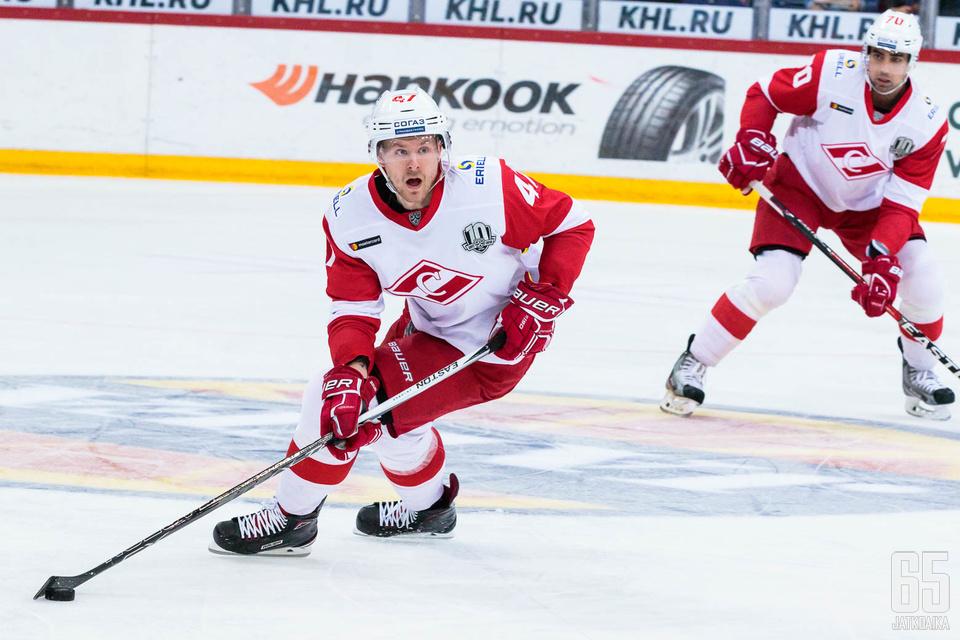Ville Lajunen on ottanut alkukaudella Spartakin ykköspuolustajan tontin itselleen.