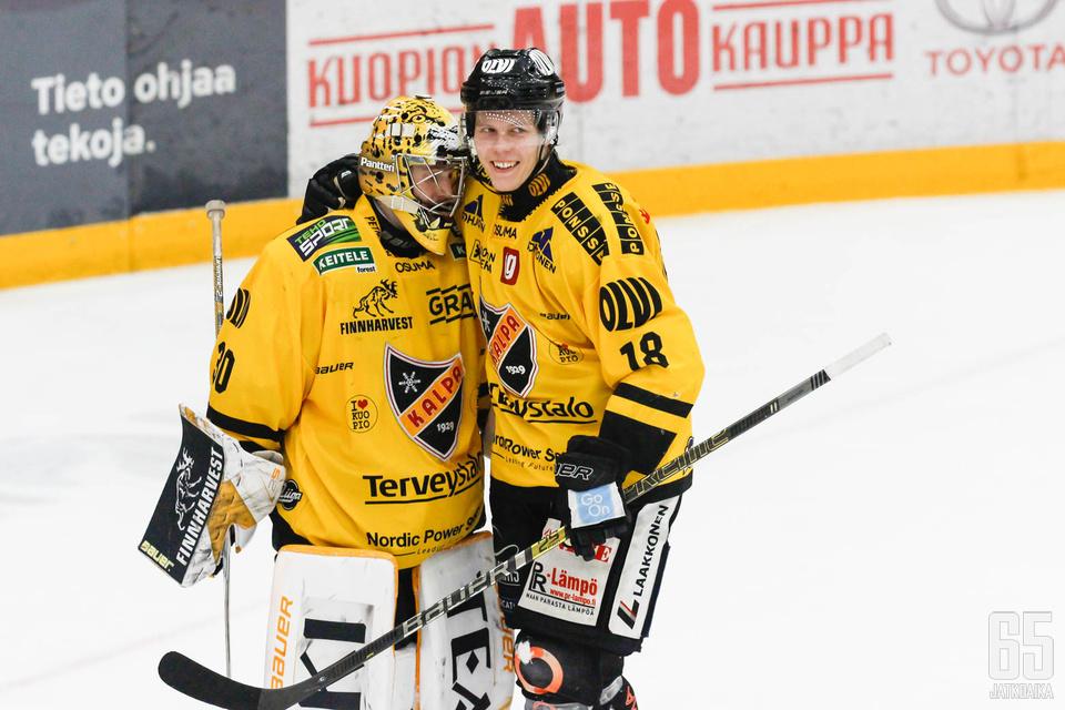 KalPan maalivahti Denis Godla palkittiin voitokkaan Spengler Cupin finaalin parhaana pelaajana.