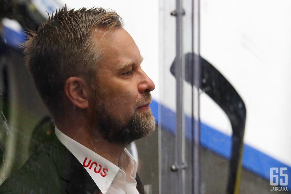 Mikko Mannerin johtama kärppäjoukkue on sitkeä ja periksiantamaton.