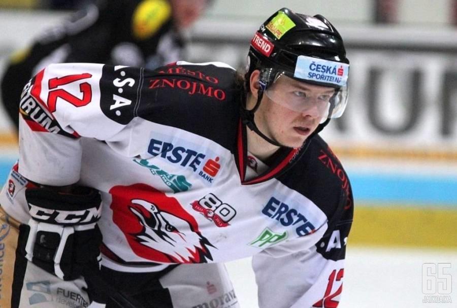 Strömberg on edustanut urallaan muun muassa Orli Znojmoa.