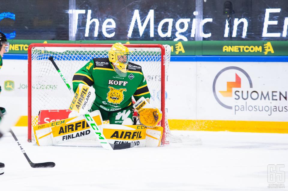 Ville Kolppanen torjui Ilveksen maalilla Liigassa ensimmäistä kertaa sitten kevään 2014.