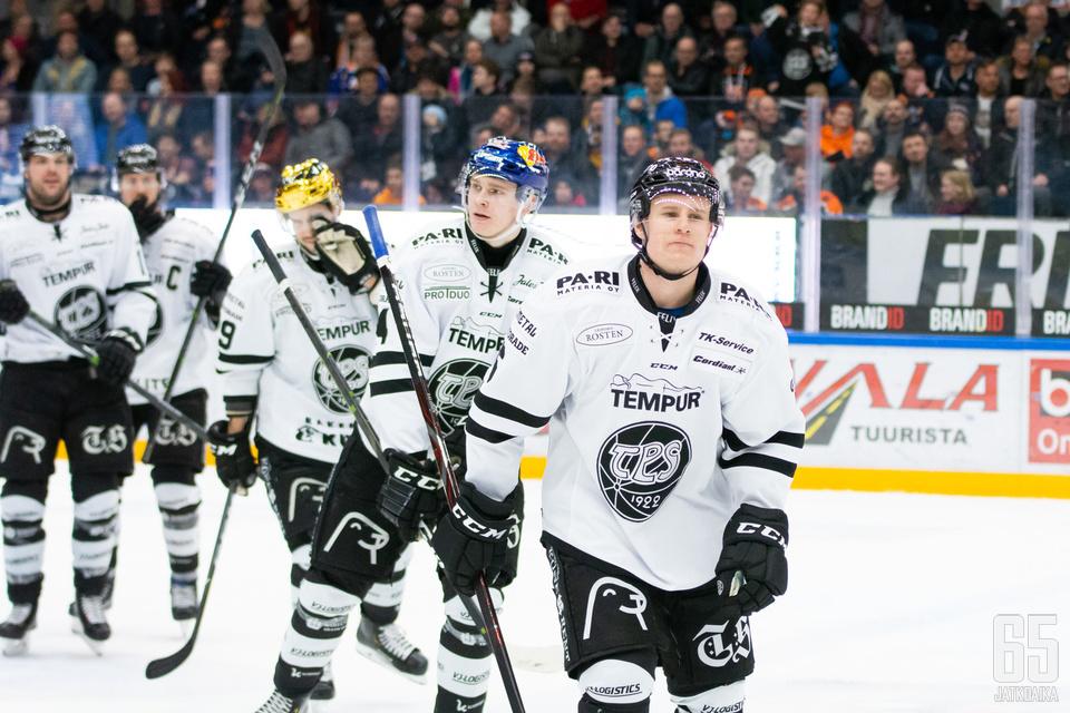 Aleksi Salonen niittasi voittomaalin vanhan seuransa verkkoon.