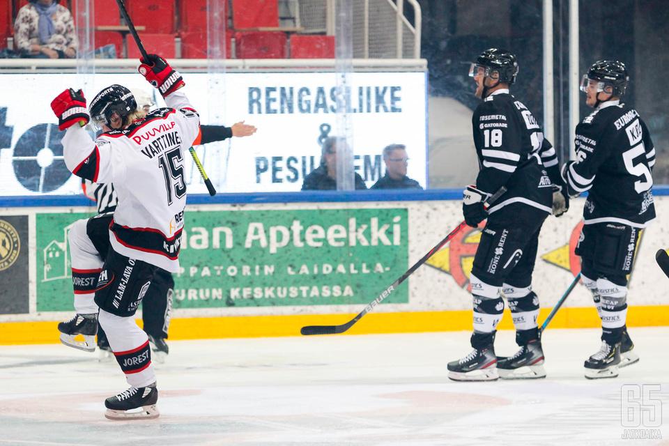 Turkuhallin kauden ensimmäisen Liiga-maalin teki porilaisjoukkue.