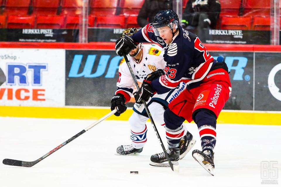 Aleksi Karlsson pääsi kokeilemaan viime kaudella Mestistä TUTOssa.