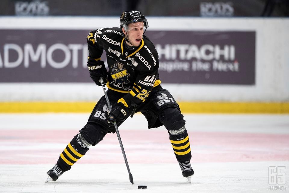 Weigel oli AIK:n ykköspistemies päättyneellä kaudella.