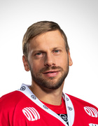 Filip Riska, #10