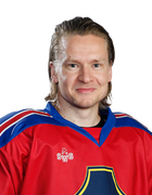 Antti Kangasniemi, #18